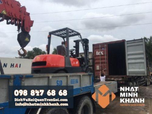 Thủ tục nhập khẩu mặt hàng xe nâng, máy xúc, máy đào - Ảnh: 2