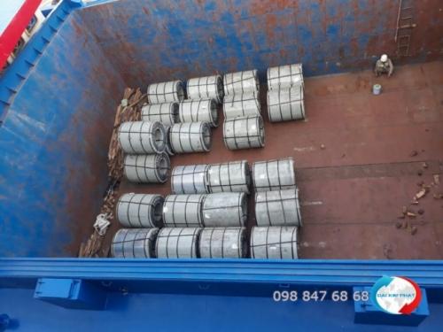 Cho thuê sà lan vận chuyển hàng đi Campuchia - Dịch Vụ Hải Quan Trọn Gói - XNK Đại Kim Phát