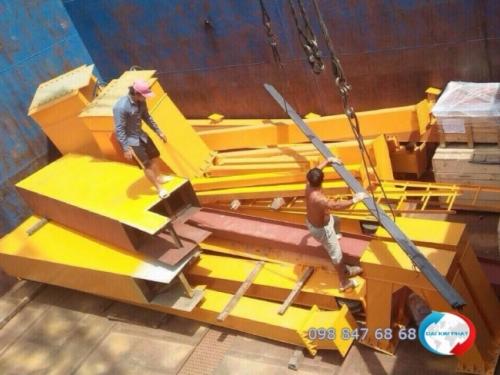 Dịch vụ hải quan xuất nhập khẩu trọn gói - nhập và vận chuyển nội địa lẫn quốc tế: khung nhà tiền chế