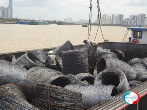 Dịch vụ vận chuyển nội địa đường sông qua sà lan (xà lan) từ Dịch Vụ Hải Quan Trọn Gói - XNK Đại Kim Phát